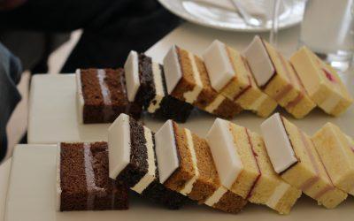 Naked Cake oder Sachertorte mit Schlag? Die Hochzeitstorte ein Modetrend?